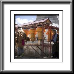 Tibet, prayer wheels